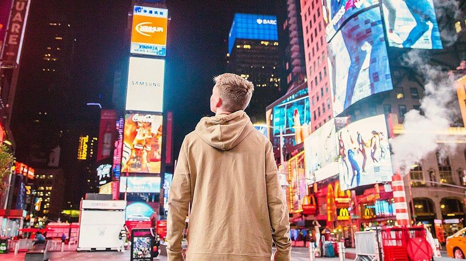 بیلبورد تبلیغات شهری | رسانه اثر بخش